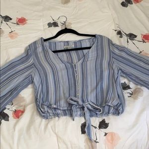 American Eagle Blue Cropped Blouse